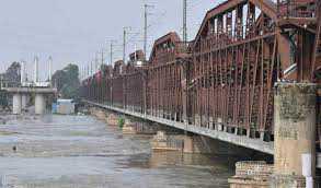 दिल्ली में बाढ़ का खतरा 40 साल बाद|