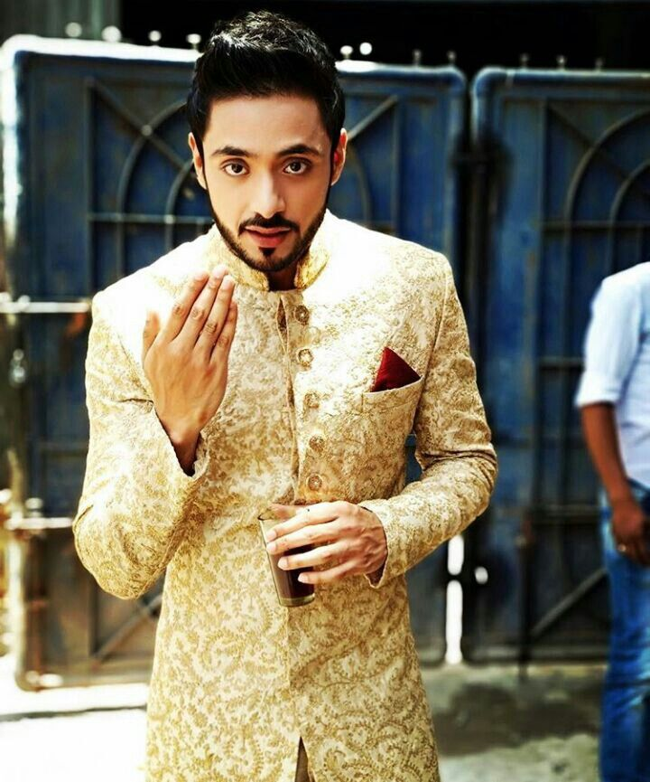 Adnan Khan Wiki Biography