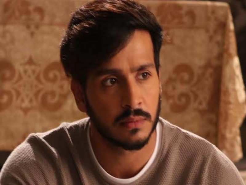 Param Singh Wiki, Biography, Age, Girlfriend, Career, Family & more.