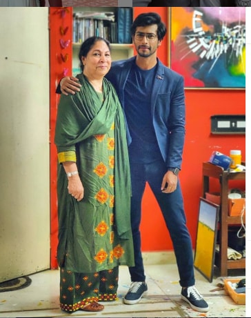 Sehban Azim With his mother