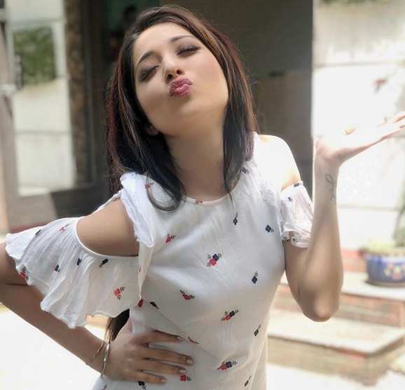 Varushika Mehta cute