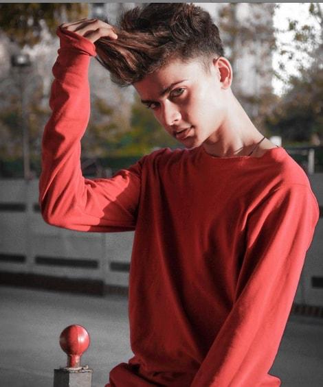 Lucky Dancer wiki Biography
