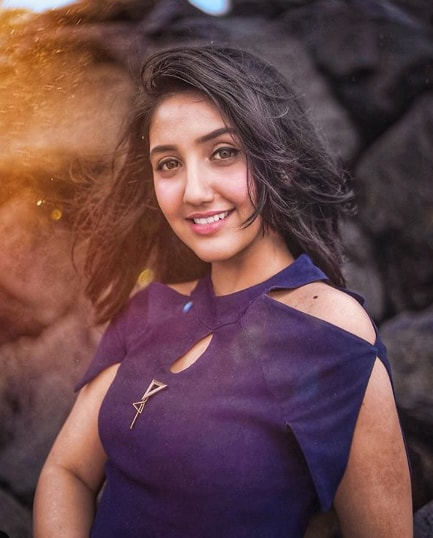 Ashnoor Kaur Biography