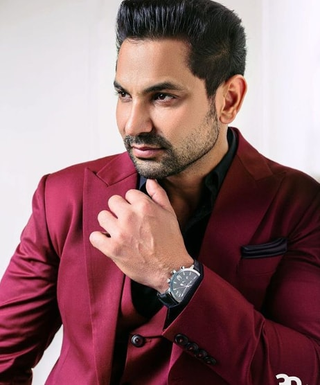 Kartar Cheema Wiki, Biography, Age, family, career, Girlfriend, Net Worth and more.