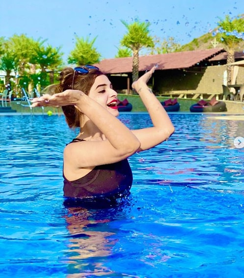 Sonal Agarwal Hot Images
