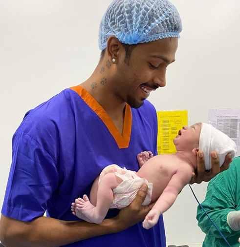 Hardik Pandya with his baby