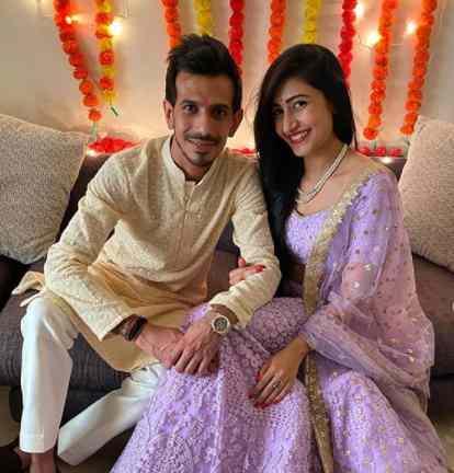 Yuzvendra Chahal with his Wife Dhanashree Verma