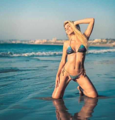Joanna Borov sexy images
