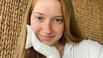 Chloe Taylor Biography